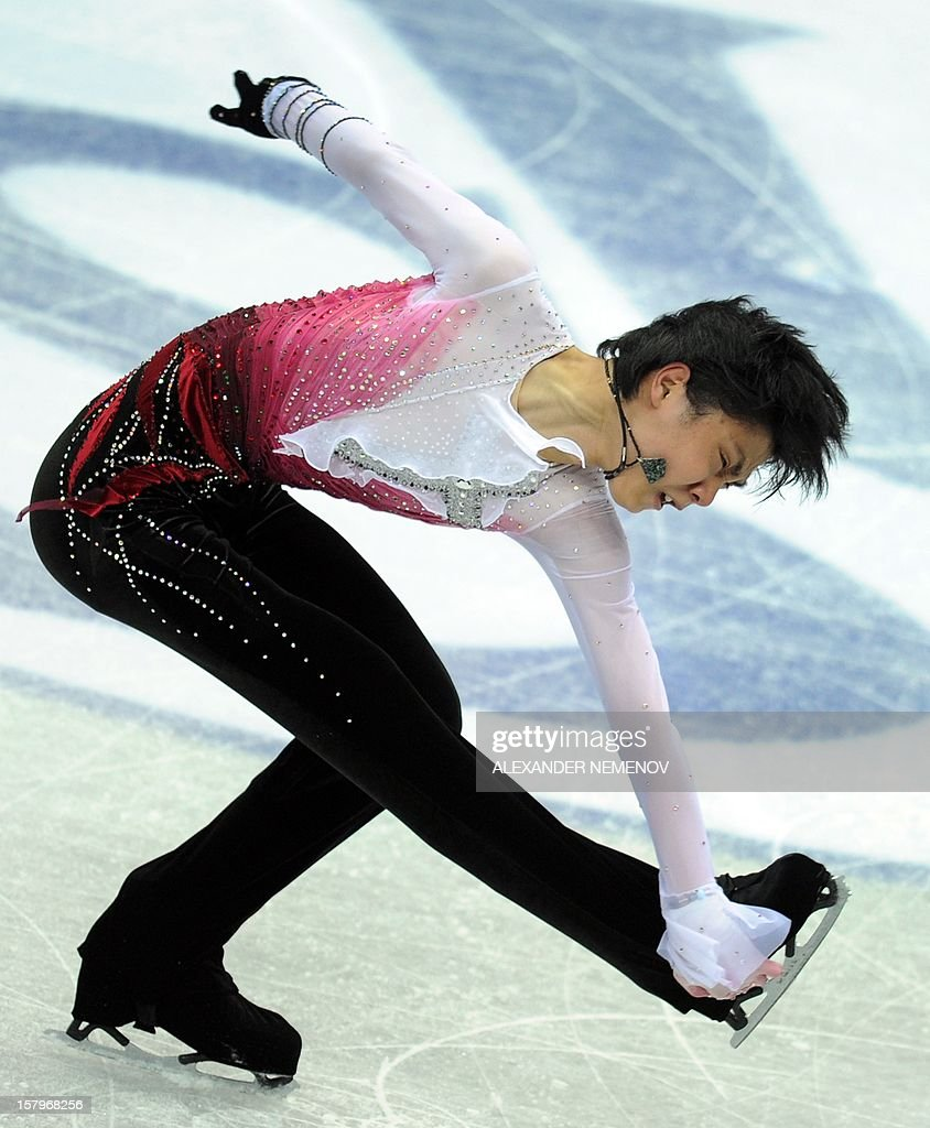 Japan's Yuzuru Hanyu performs for the silver medal during men free skating event at the ISU Grand Prix of Figure Skating Final in Sochi on December 8, 2012. AFP PHOTO / ALEXANDER NEMENOV