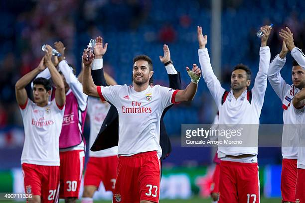 Jardel Nivaldo Vieira alias Jardel greets their fans with his teammates after winning the the UEFA Champions League Group C match between Club...
