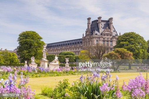 Jardin des Tuileries and the Louvre Museum, Paris.