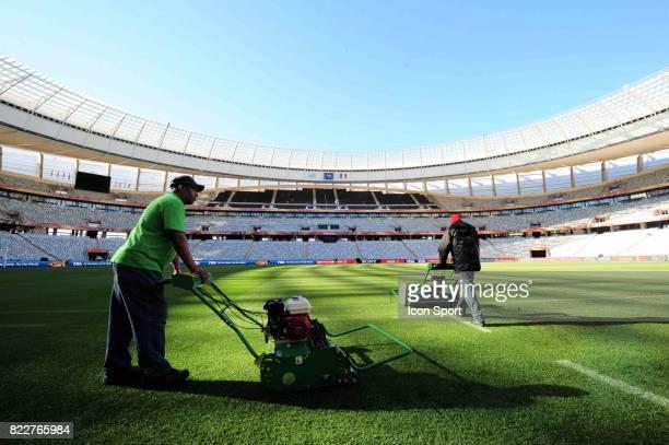 Jardiniers Reconnaissance du terrain avant le match contre l'Uruguay Green Point Stadium Le Cap