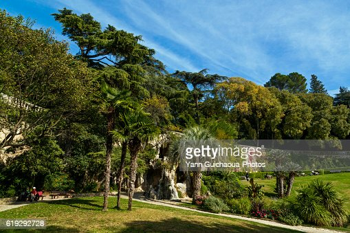 Fontaine stock photos and pictures getty images - Jardin de la fontaine nimes limoges ...