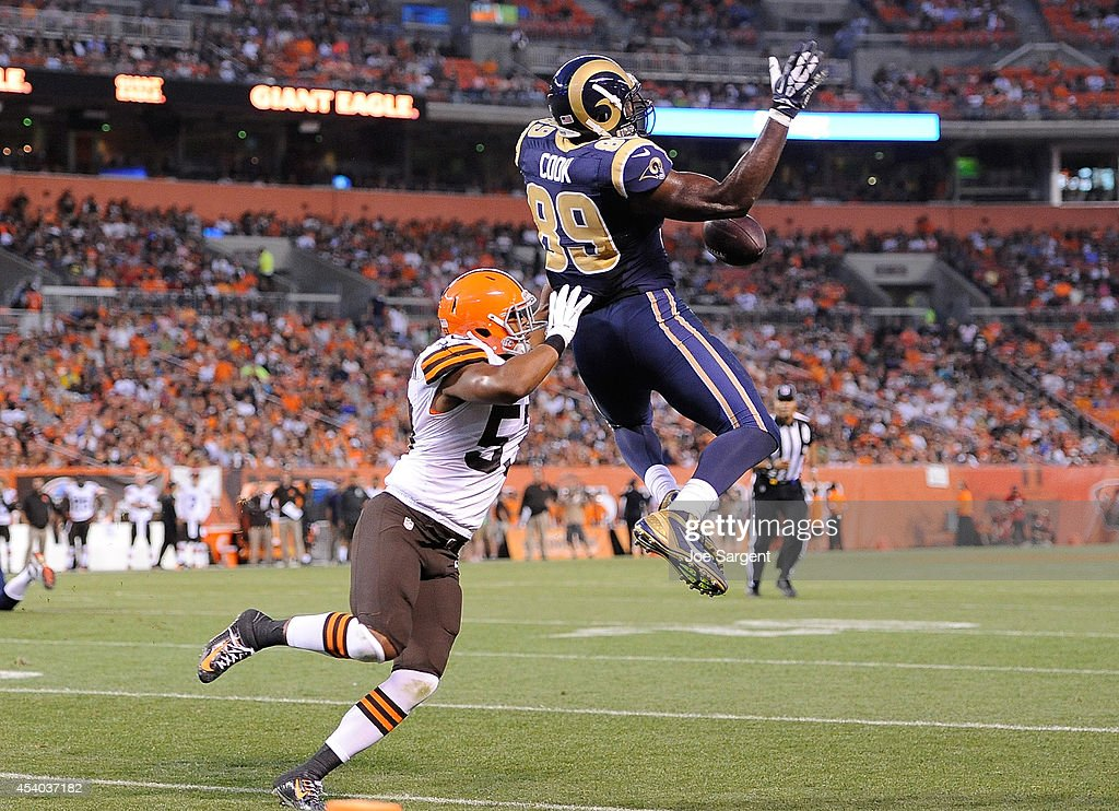 Jared Cook #89 of the St. Louis Rams can't make a catch in front of Craig Robertson #53 of the Cleveland Browns at FirstEnergy Stadium on August 23, 2014 in Cleveland, Ohio.
