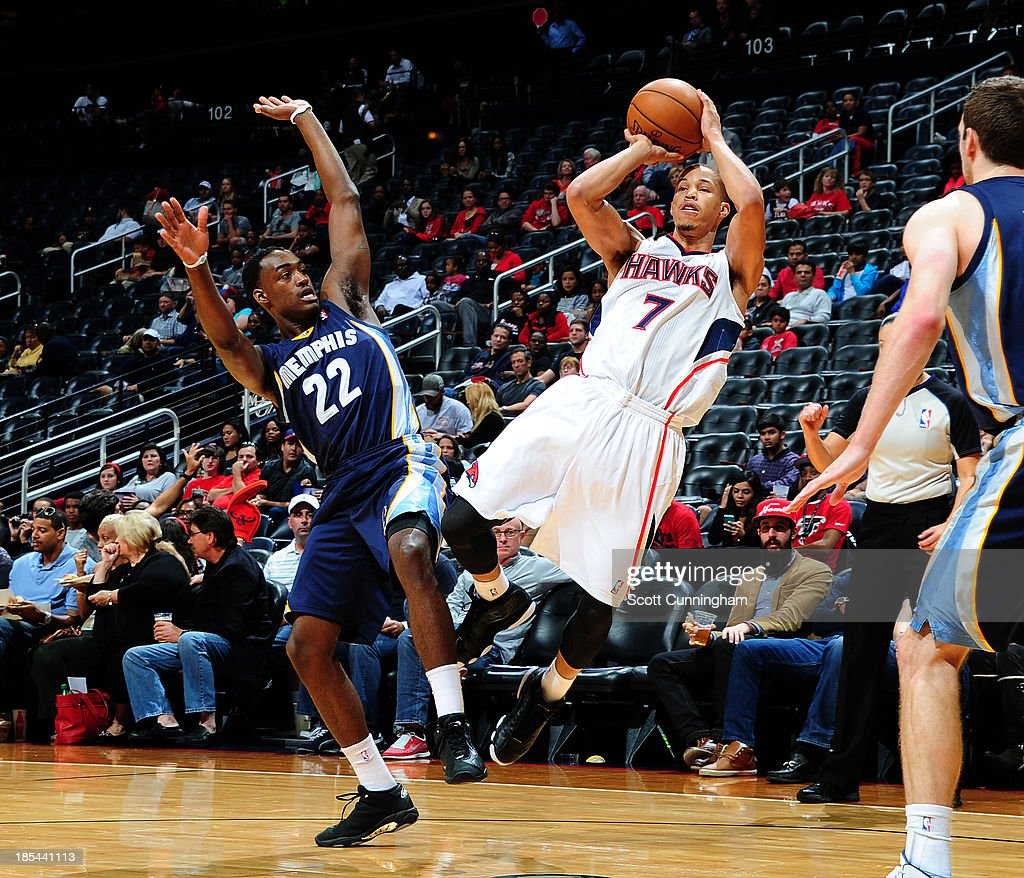 Jared Cunningham #7 of the Atlanta Hawks shoots the jumper against the Memphis Grizzlies on October 20, 2013 at Philips Arena in Atlanta, Georgia.