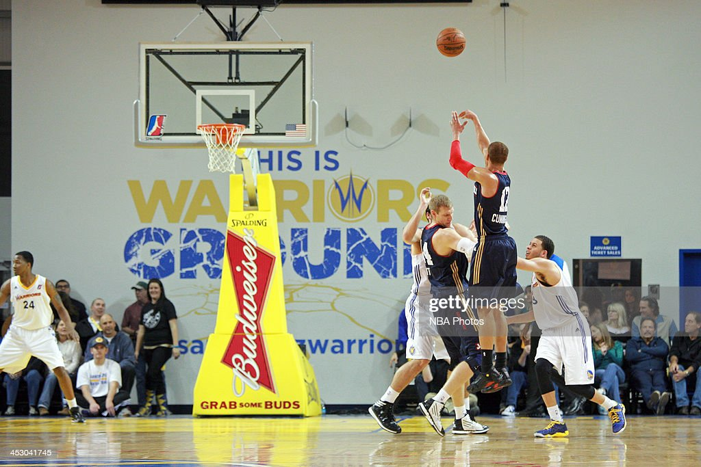 <a gi-track='captionPersonalityLinkClicked' href=/galleries/search?phrase=Jared+Cunningham&family=editorial&specificpeople=6549470 ng-click='$event.stopPropagation()'>Jared Cunningham</a> #12 of the Bakersfield Jam shoots a shot against the Santa Cruz Warriors on November 30, 2013 at Kaiser Permanente Arena in Santa Cruz, California.