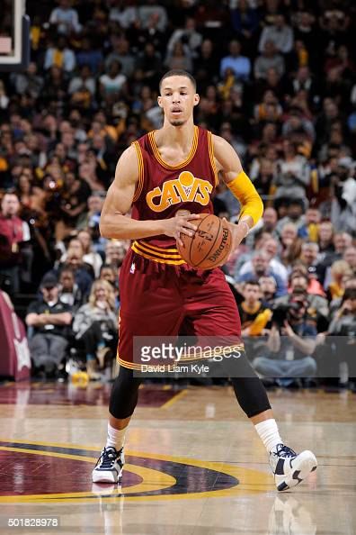 Jared Cunningham of the Cleveland Cavaliers handles the ball against the Oklahoma City Thunder on December 17 2015 at The Quicken Loans Arena in...