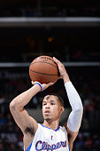 Jared Cunningham of the Los Angeles Clippers shoots against the Minnesota Timberwolves during the game on December 1 2014 at STAPLES CENTER in Los...