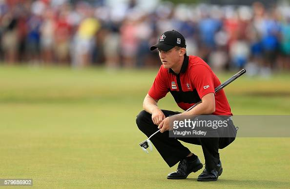 Jared du Toit of Canada lines up a putt on the 18th green during the final round of the RBC Canadian Open at Glen Abbey Golf Club on July 24 2016 in...