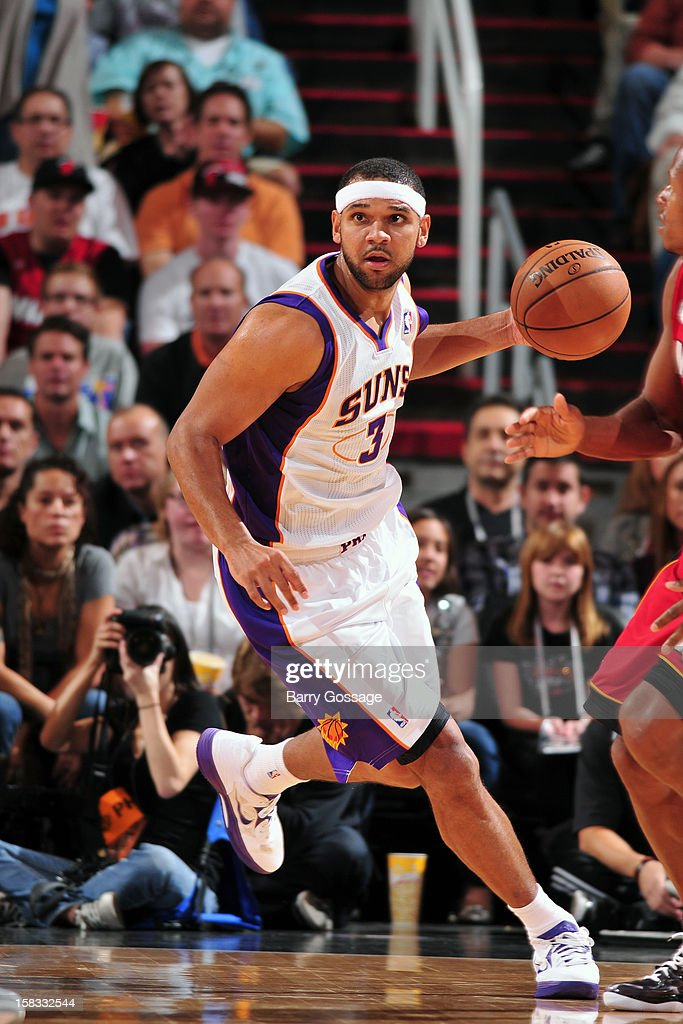 <a gi-track='captionPersonalityLinkClicked' href=/galleries/search?phrase=Jared+Dudley&family=editorial&specificpeople=224071 ng-click='$event.stopPropagation()'>Jared Dudley</a> #3 of the Phoenix Suns dribbles the ball up court against the Miami Heat on November 17, 2012 at U.S. Airways Center in Phoenix, Arizona.