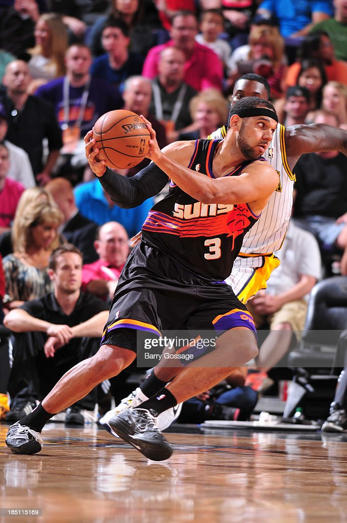 Jared Dudley #3 of the Phoenix Suns drives against the Indiana Pacers on March 30, 2013 at U.S. Airways Center in Phoenix, Arizona.