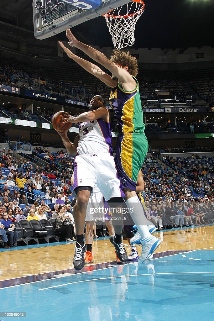 Jared Dudley #3 of the Phoenix Suns goes to the basket against Robin Lopez #15 of the New Orleans Hornets on February 06, 2013 at the New Orleans Arena in New Orleans, Louisiana.
