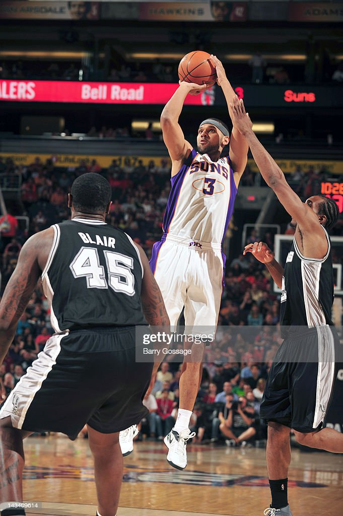 <a gi-track='captionPersonalityLinkClicked' href=/galleries/search?phrase=Jared+Dudley&family=editorial&specificpeople=224071 ng-click='$event.stopPropagation()'>Jared Dudley</a> #3 of the Phoenix Suns shoots against the San Antonio Spurs on April 25, 2012 at U.S. Airways Center in Phoenix, Arizona.