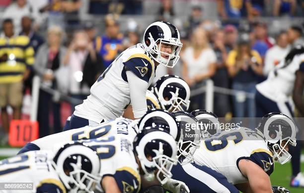 Jared Goff of the Los Angeles Rams prepares for a game against the Arizona Cardinals at University of Phoenix Stadium on December 3 2017 in Glendale...
