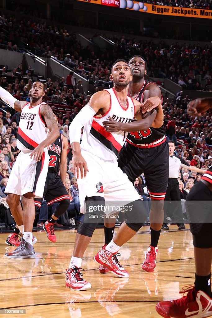<a gi-track='captionPersonalityLinkClicked' href=/galleries/search?phrase=Jared+Jeffries&family=editorial&specificpeople=202548 ng-click='$event.stopPropagation()'>Jared Jeffries</a> #1 of the Portland Trail Blazers fights for position against <a gi-track='captionPersonalityLinkClicked' href=/galleries/search?phrase=Nazr+Mohammed&family=editorial&specificpeople=201690 ng-click='$event.stopPropagation()'>Nazr Mohammed</a> #48 of the Chicago Bulls on November 18, 2012 at the Rose Garden Arena in Portland, Oregon.