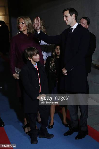 Jared Kushner senior advisor to Presidentelect Donald Trump Vanessa Trump arrive on the West Front of the US Capitol on January 20 2017 in Washington...