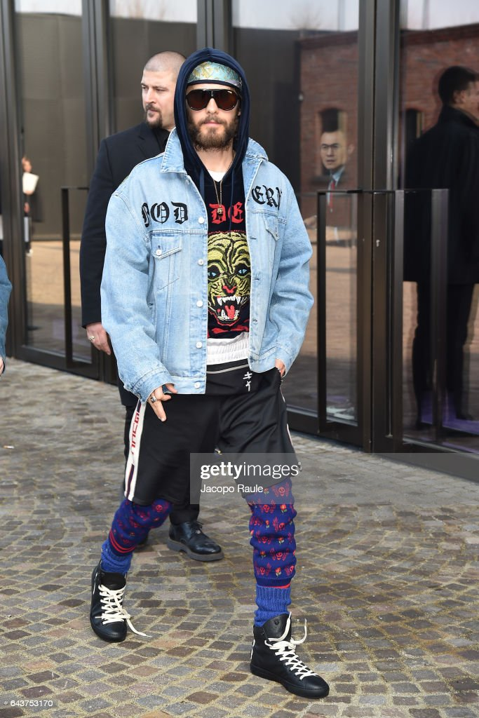 jared-leto-arrives-at-the-gucciy-show-during-milan-fashion-week-on-picture-id643753170