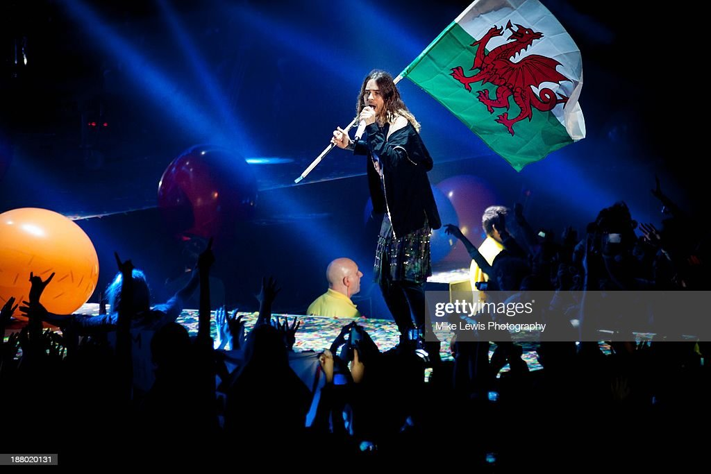 <a gi-track='captionPersonalityLinkClicked' href=/galleries/search?phrase=Jared+Leto&family=editorial&specificpeople=214764 ng-click='$event.stopPropagation()'>Jared Leto</a> of 30 Seconds to Mars performs live on stage in Cardiff at Motorpoint Arena on November 14, 2013 in Cardiff, United Kingdom.