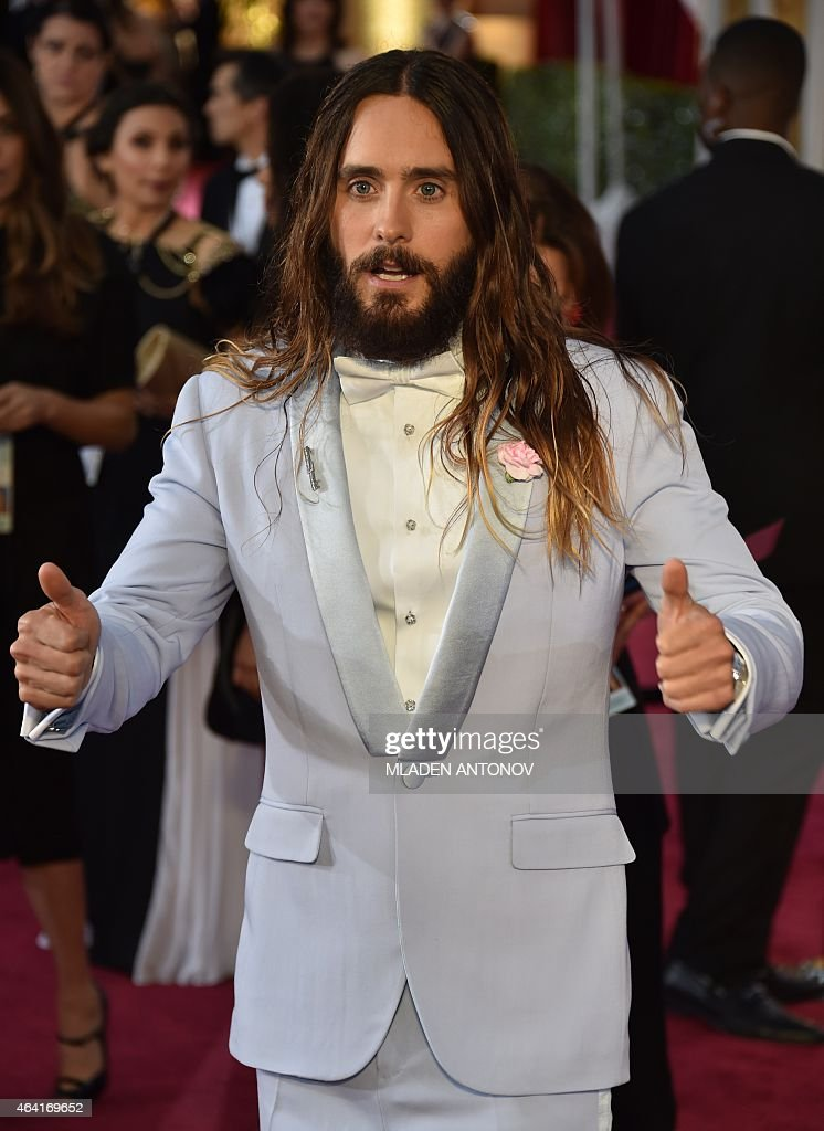 Jared Leto poses on the red carpet for the 87th Oscars on February 22, 2015 in Hollywood, California.