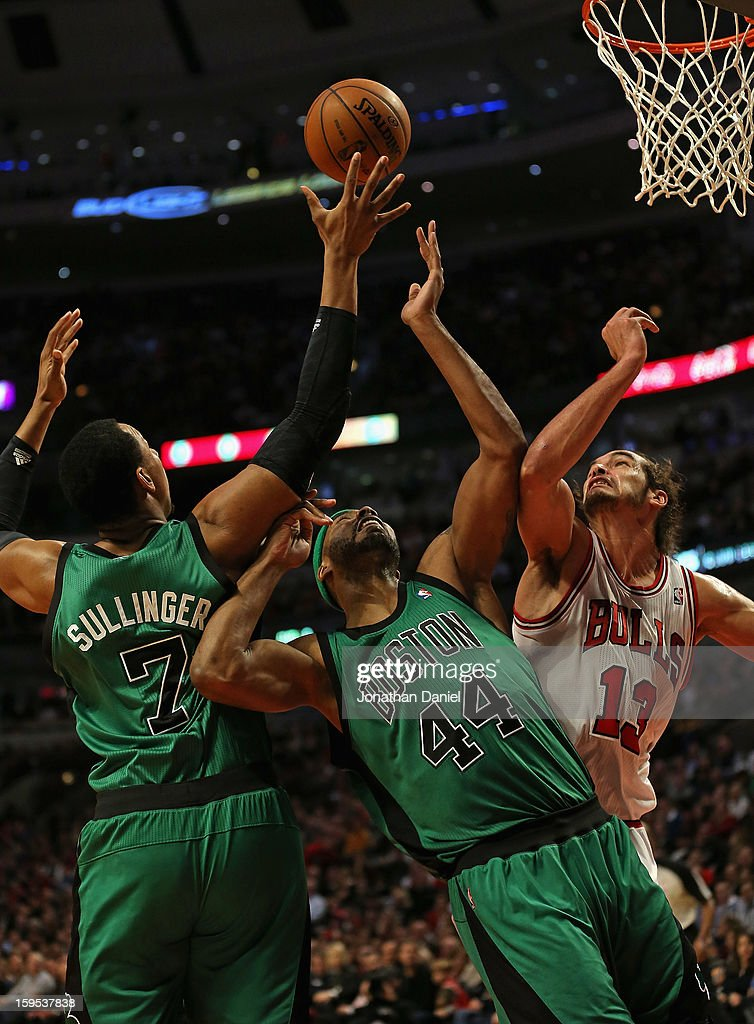 Jared Sullinger #7, Chris Wilcox #44 of the Boston Celtics and Joakim Noah #13 of the Chicago Bulls battle for a rebound at the United Center on December 18, 2012 in Chicago, Illinois. The Bulls defeated the Celtics 100-89.