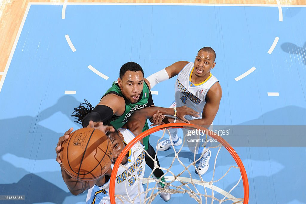<a gi-track='captionPersonalityLinkClicked' href=/galleries/search?phrase=Jared+Sullinger&family=editorial&specificpeople=6866665 ng-click='$event.stopPropagation()'>Jared Sullinger</a> #7 of the Boston Celtics attempts a block against <a gi-track='captionPersonalityLinkClicked' href=/galleries/search?phrase=Kenneth+Faried&family=editorial&specificpeople=5765135 ng-click='$event.stopPropagation()'>Kenneth Faried</a> #35 of the Denver Nuggets on January 7, 2014 at the Pepsi Center in Denver, Colorado.