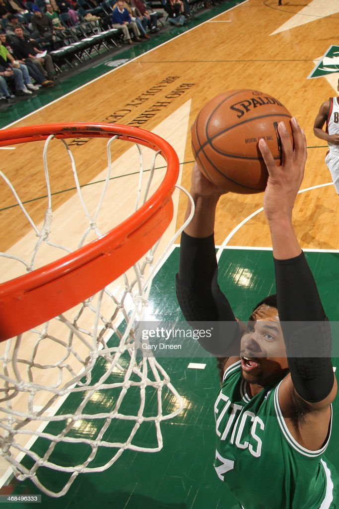 <a gi-track='captionPersonalityLinkClicked' href=/galleries/search?phrase=Jared+Sullinger&family=editorial&specificpeople=6866665 ng-click='$event.stopPropagation()'>Jared Sullinger</a> #7 of the Boston Celtics dunks against the Milwaukee Bucks on February 10, 2014 at the BMO Harris Bradley Center in Milwaukee, Wisconsin.