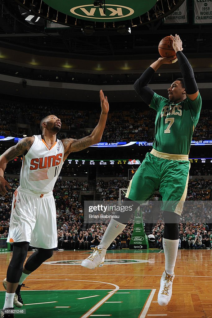<a gi-track='captionPersonalityLinkClicked' href=/galleries/search?phrase=Jared+Sullinger&family=editorial&specificpeople=6866665 ng-click='$event.stopPropagation()'>Jared Sullinger</a> #7 of the Boston Celtics takes a shot against the Phoenix Suns on March 14, 2014 at the TD Garden in Boston, Massachusetts.