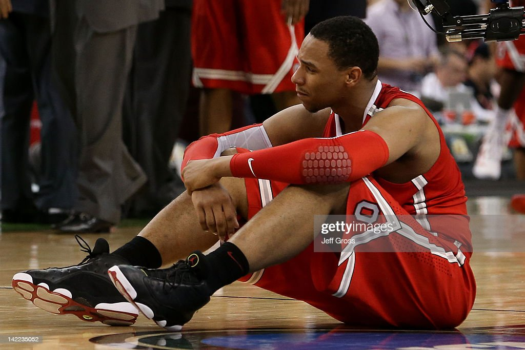 Jared Sullinger #0 of the Ohio State Buckeyes reacts after the Buckeyes lose to the Kansas Jayhawks 64-62 during the National Semifinal game of the 2012 NCAA Division I Men's Basketball Championship at the Mercedes-Benz Superdome on March 31, 2012 in New Orleans, Louisiana.