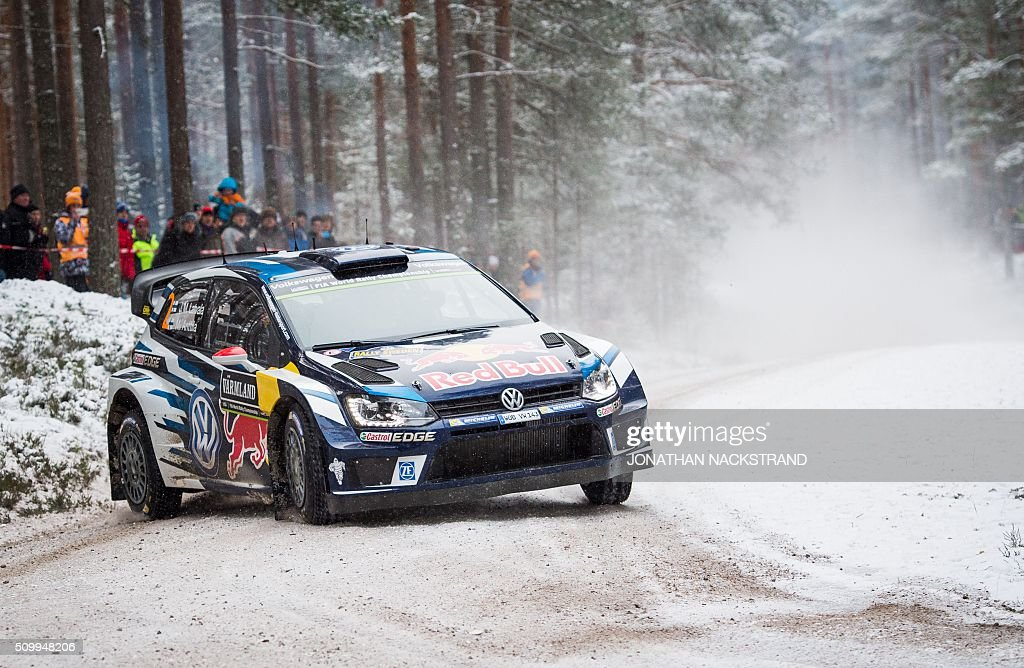 Jari-Matti Latvala of Finland and his co-driver Mikka Anttila steer their Volkswagen Polo during the 10th stage of the Rally Sweden, second round of the FIA World Rally Championship on February 13, 2016 in Fredriksberg, Sweden. / AFP / JONATHAN NACKSTRAND