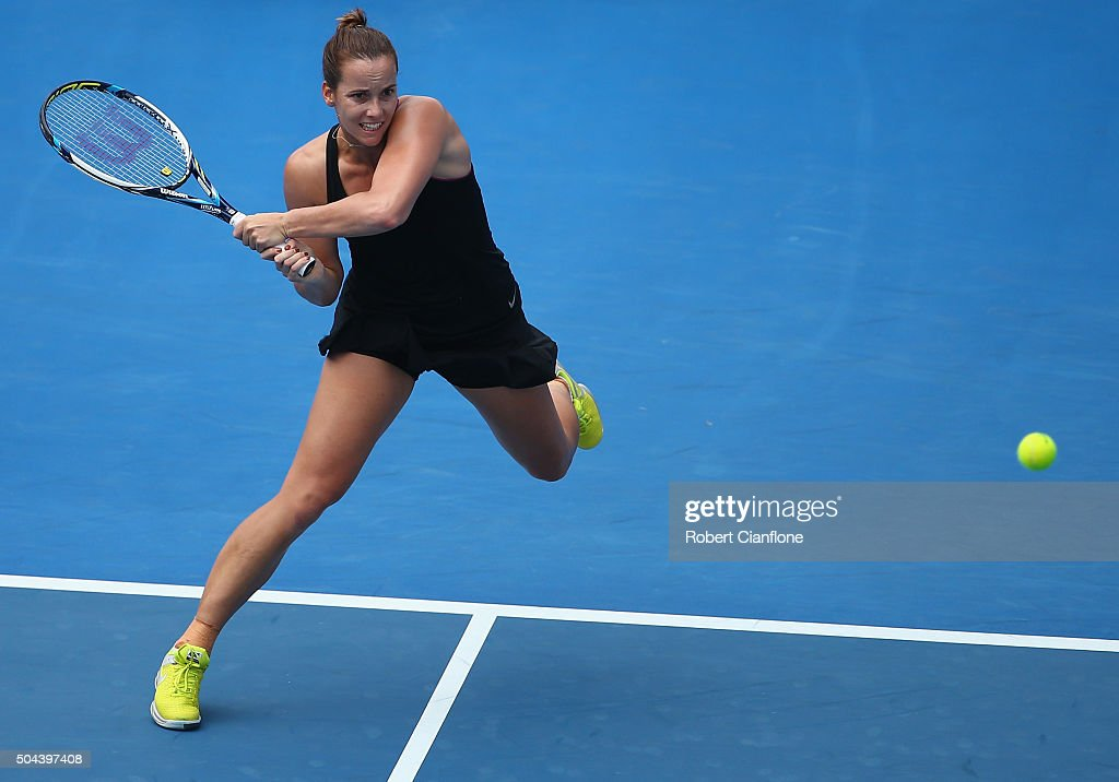 <a gi-track='captionPersonalityLinkClicked' href=/galleries/search?phrase=Jarmila+Wolfe&family=editorial&specificpeople=15307341 ng-click='$event.stopPropagation()'>Jarmila Wolfe</a> of Australia plays a backhand in the women's single's match against Naomi Osaka of Japan during day two of the 2016 Hobart International at the Domain Tennis Centre on January 11, 2016 in Hobart, Australia.