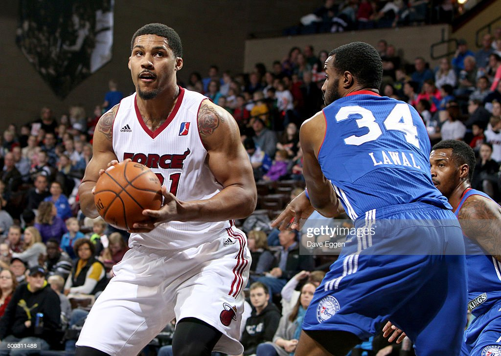 <a gi-track='captionPersonalityLinkClicked' href=/galleries/search?phrase=Jarnell+Stokes&family=editorial&specificpeople=8795785 ng-click='$event.stopPropagation()'>Jarnell Stokes</a> #21 from the Sioux Falls Skyforce makes a move around Gani Lawal #34 from the Delaware 87ers at the Sanford Pentagon December 5, 2015 in Sioux Falls, South Dakota.