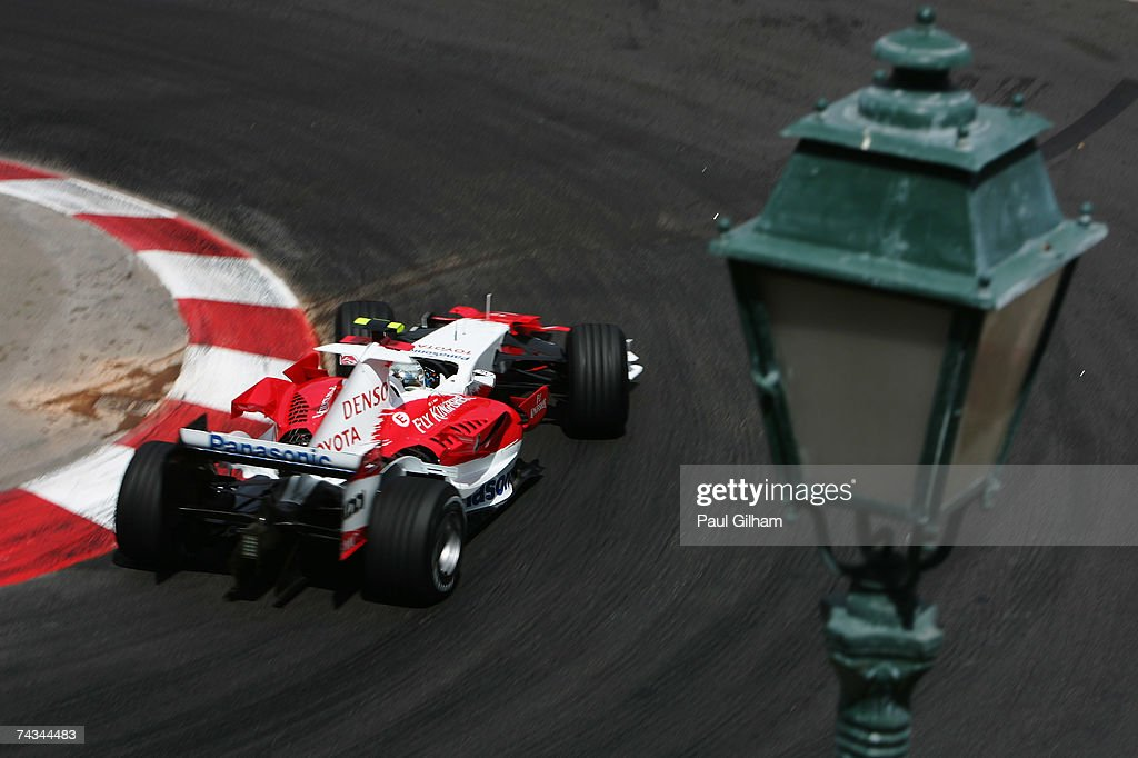 Jarno Trulli of Italy and Toyota drives during the Monaco Formula One Grand Prix at the Monte Carlo Circuit on May 27, 2007 in Monte Carlo, Monaco.