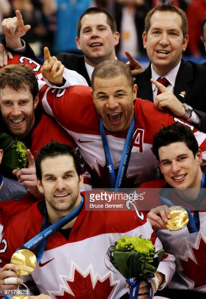Jarome Iginla of Canada celebrates with his team after winning the gold medal after the ice hockey men's gold medal game between USA and Canada on...