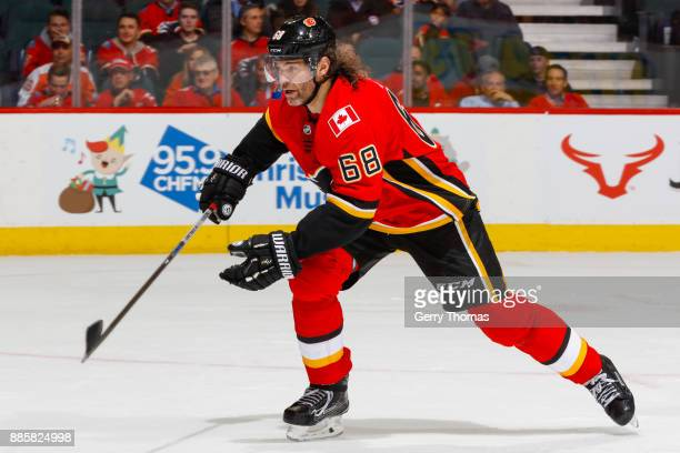 Jaromir Jagr of the Calgary Flames rushes in a game against the Philadelphia Flyers at the Scotiabank Saddledome on December 04 2017 in Calgary...