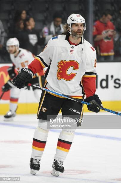 Jaromir Jagr of the Calgary Flames warms up before a game against the Los Angeles Kings at STAPLES Center on October 11 2017 in Los Angeles California