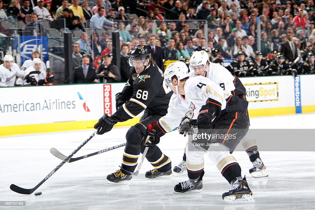 Jaromir Jagr #68 of the Dallas Stars handles the puck against <a gi-track='captionPersonalityLinkClicked' href=/galleries/search?phrase=Cam+Fowler&family=editorial&specificpeople=5484080 ng-click='$event.stopPropagation()'>Cam Fowler</a> #4 of the Anaheim Ducks at the American Airlines Center on March 14, 2013 in Dallas, Texas.