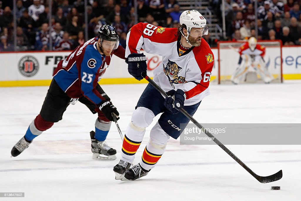 Jaromir Jagr #68 of the Florida Panthers controls the puck against <a gi-track='captionPersonalityLinkClicked' href=/galleries/search?phrase=Mikhail+Grigorenko&family=editorial&specificpeople=8771251 ng-click='$event.stopPropagation()'>Mikhail Grigorenko</a> #25 of the Colorado Avalanche at Pepsi Center on March 3, 2016 in Denver, Colorado. The Avalanche defeated the Panthers 3-2.