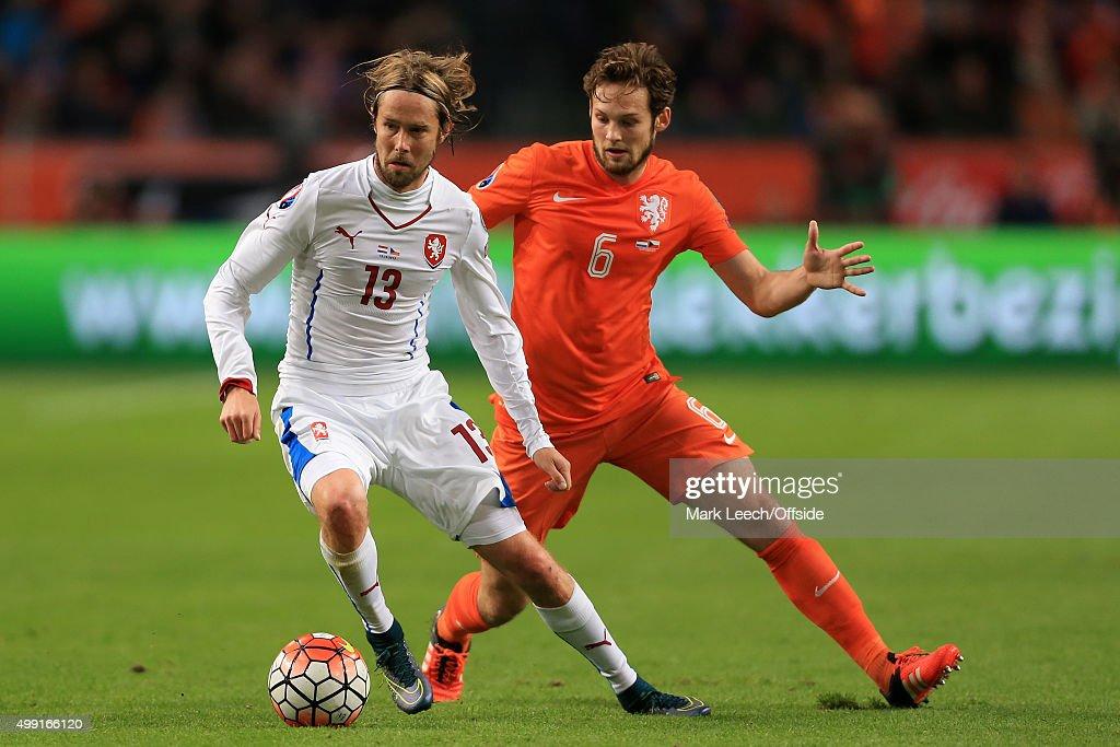 Netherlands v Czech Republic - EURO 2016 Qualifier