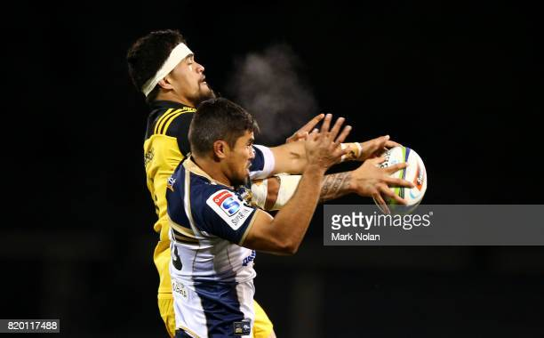 Jarrad Butler of the Brumbies and Vaea Fifita of the Hurricanes contest line out ball during the Super Rugby Quarter Final match between the Brumbies...