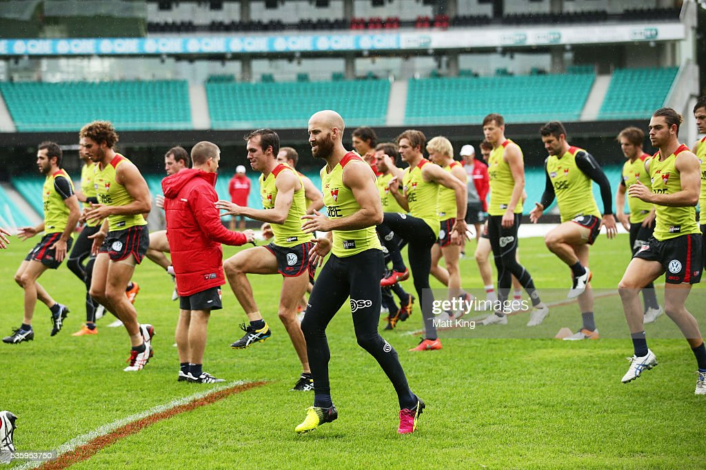 <a gi-track='captionPersonalityLinkClicked' href=/galleries/search?phrase=Jarrad+McVeigh&family=editorial&specificpeople=3083250 ng-click='$event.stopPropagation()'>Jarrad McVeigh</a> of the Swans warms up during a Sydney Swans AFL training session at Sydney Cricket Ground on May 31, 2016 in Sydney, Australia.