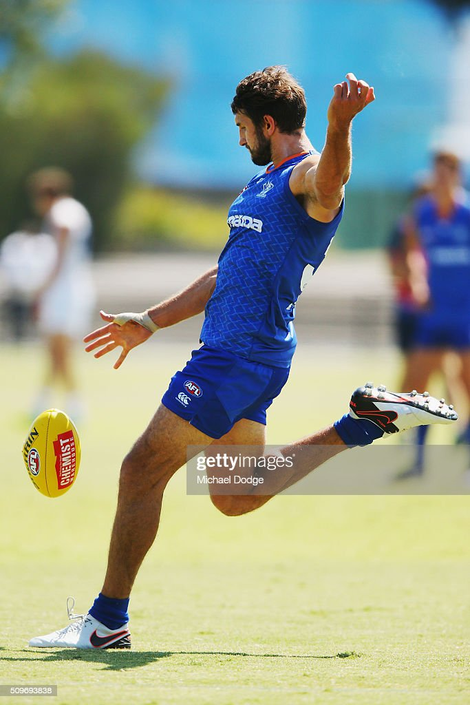 <a gi-track='captionPersonalityLinkClicked' href=/galleries/search?phrase=Jarrad+Waite&family=editorial&specificpeople=224526 ng-click='$event.stopPropagation()'>Jarrad Waite</a> of the Kangaroos kicks the ball for a goal during the North Melbourne AFL Intra-Club match at Arden Street Ground on February 12, 2016 in Melbourne, Australia.