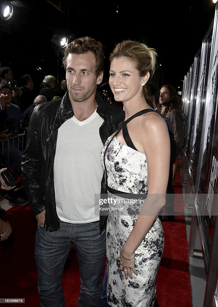 Jarret Stoll (L) and Erin Andrews arrive at the premiere of Columbia Pictures' 'Captain Phillips' at the Academy of Motion Picture Arts and Sciences on September 30, 2013 in Beverly Hills, California.