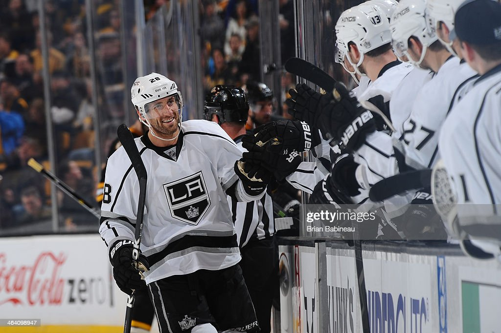 <a gi-track='captionPersonalityLinkClicked' href=/galleries/search?phrase=Jarret+Stoll&family=editorial&specificpeople=204632 ng-click='$event.stopPropagation()'>Jarret Stoll</a> #28 of the Los Angeles Kings celebrates a goal against the Boston Bruins at the TD Garden on January 20, 2014 in Boston, Massachusetts.