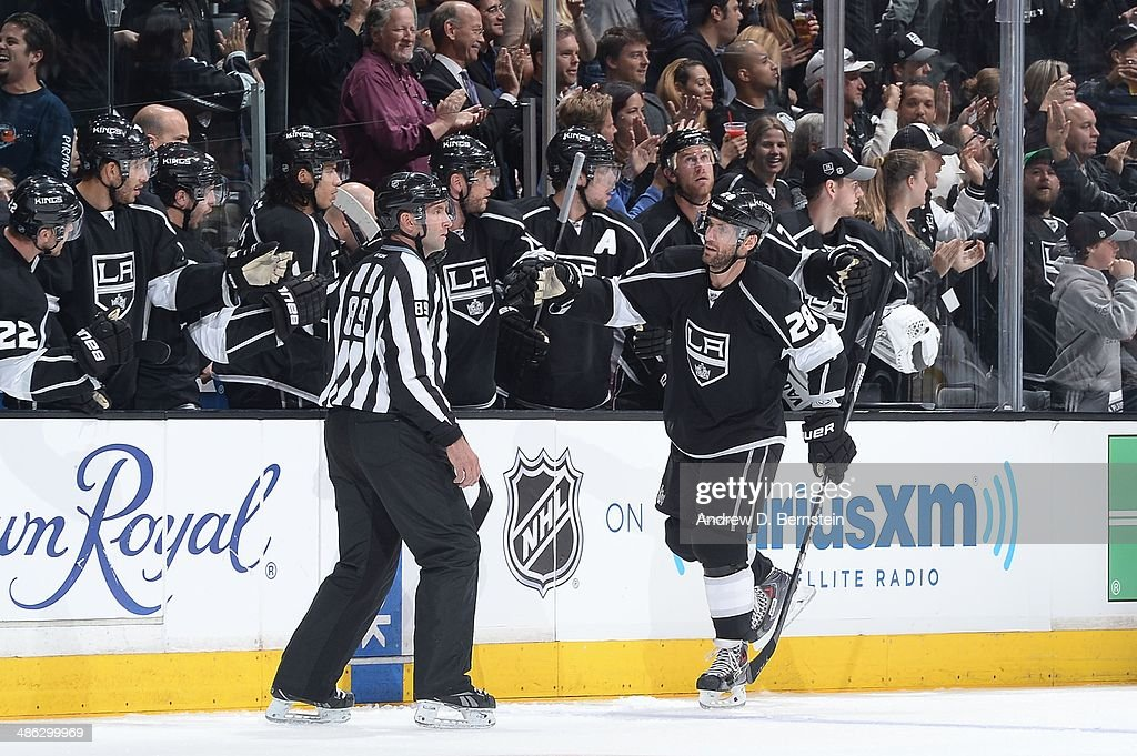 <a gi-track='captionPersonalityLinkClicked' href=/galleries/search?phrase=Jarret+Stoll&family=editorial&specificpeople=204632 ng-click='$event.stopPropagation()'>Jarret Stoll</a> #28 of the Los Angeles Kings celebrates a goal with his teammates against the San Jose Sharks in Game Three of the First Round of the 2014 Stanley Cup Playoffs at Staples Center on April 22, 2014 in Los Angeles, California.
