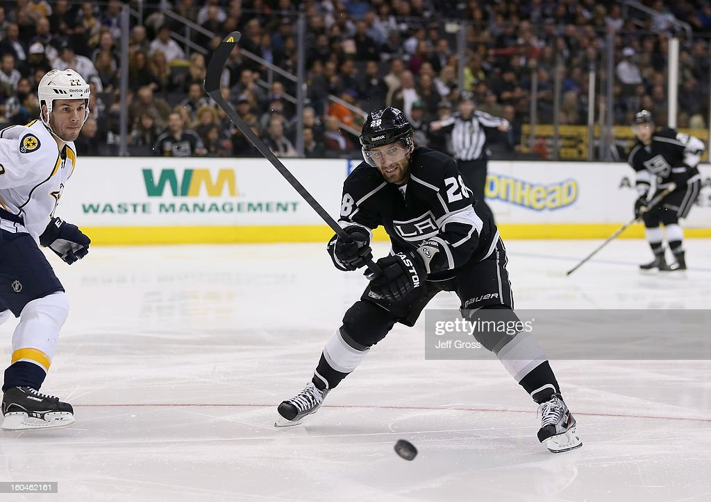 Jarret Stoll #28 of the Los Angeles Kings skates against the Nashville Predators at Staples Center on January 31, 2013 in Los Angeles, California.