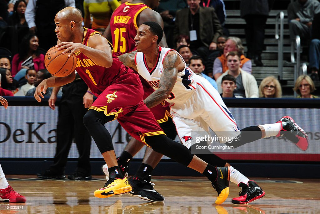 <a gi-track='captionPersonalityLinkClicked' href=/galleries/search?phrase=Jarrett+Jack&family=editorial&specificpeople=208109 ng-click='$event.stopPropagation()'>Jarrett Jack</a> #1 of the Cleveland Cavaliers drives to the basket against the Atlanta Hawks on December 6, 2013 at Philips Arena in Atlanta, Georgia.