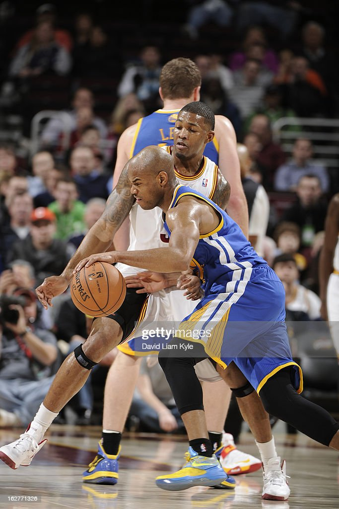 <a gi-track='captionPersonalityLinkClicked' href=/galleries/search?phrase=Jarrett+Jack&family=editorial&specificpeople=208109 ng-click='$event.stopPropagation()'>Jarrett Jack</a> #2 of the Golden State Warriors drives to the basket against the Cleveland Cavaliers at The Quicken Loans Arena on January 29, 2013 in Cleveland, Ohio.