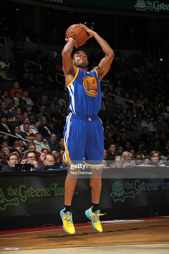 <a gi-track='captionPersonalityLinkClicked' href=/galleries/search?phrase=Jarrett+Jack&family=editorial&specificpeople=208109 ng-click='$event.stopPropagation()'>Jarrett Jack</a> #2 of the Golden State Warriors shoots against the Washington Wizards on December 8, 2012 at the Verizon Center in Washington, DC.