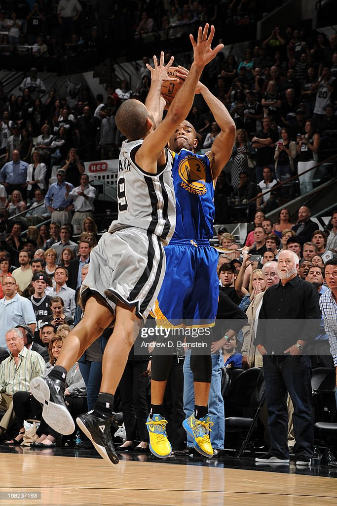 Jarrett Jack #2 of the Golden State Warriors shoots against Tony Parker #9 of the San Antonio Spurs in Game One of the Western Conference Semifinals during the 2013 NBA Playoffs on May 6, 2013 at the AT&T Center in San Antonio, Texas.