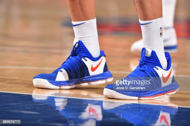 Jarrett Jack of the New York Knicks showcases his sneakers against the Atlanta Hawks at Madison Square Garden on December 10 2017 in New York New...