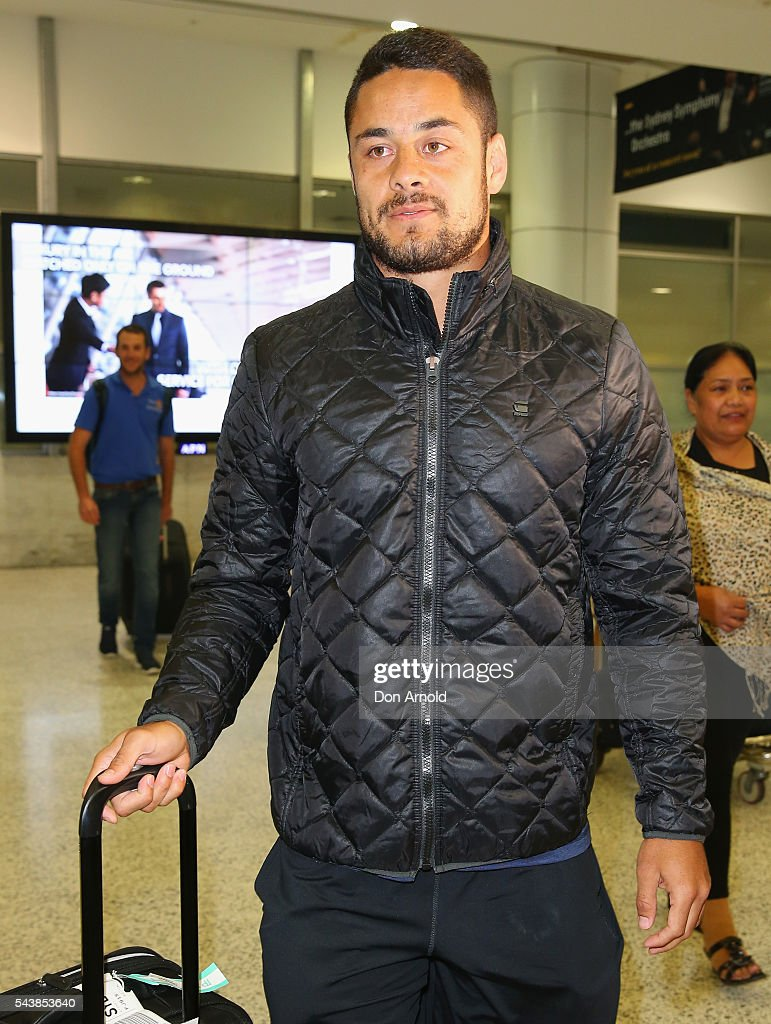 <a gi-track='captionPersonalityLinkClicked' href=/galleries/search?phrase=Jarryd+Hayne&family=editorial&specificpeople=563352 ng-click='$event.stopPropagation()'>Jarryd Hayne</a> arrives at Sydney International Airport on June 30, 2016 in Sydney, Australia. Radradra has been in Fiji on an extended break from the Parramatta Eels NRL club. Hayne has been in Fiji as he continued to train as part of the Fiji Rugby Sevens squad.