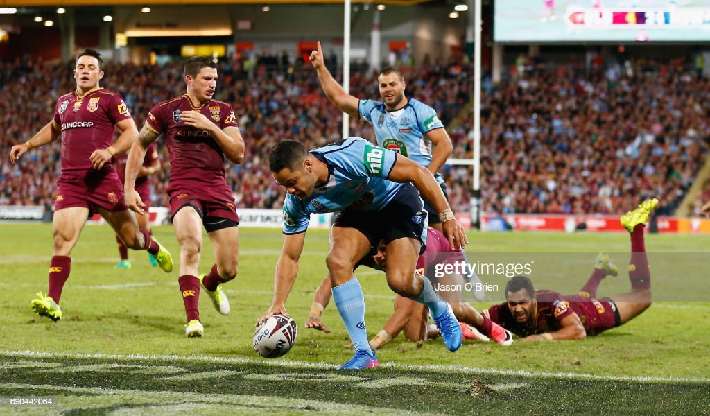 Jarryd Hayne of the Blues scores a try during game one of the State Of Origin series between the Queensland Maroons and the New South Wales Blues at Suncorp Stadium on May 31, 2017 in Brisbane, Australia.